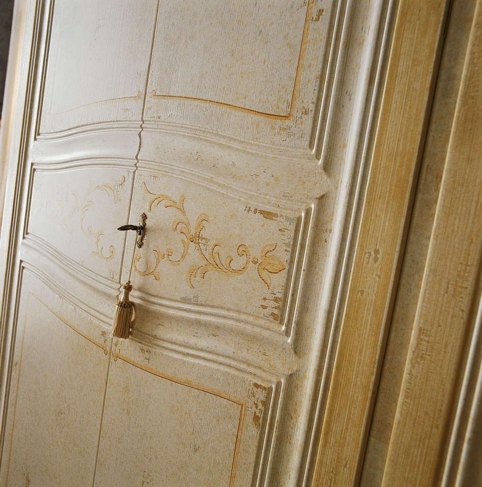 Armadi Firenze Armadio Art.16CA041 anta battente finitura vecchia Firenze in ...