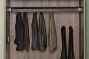 Porta pantaloni estraibile