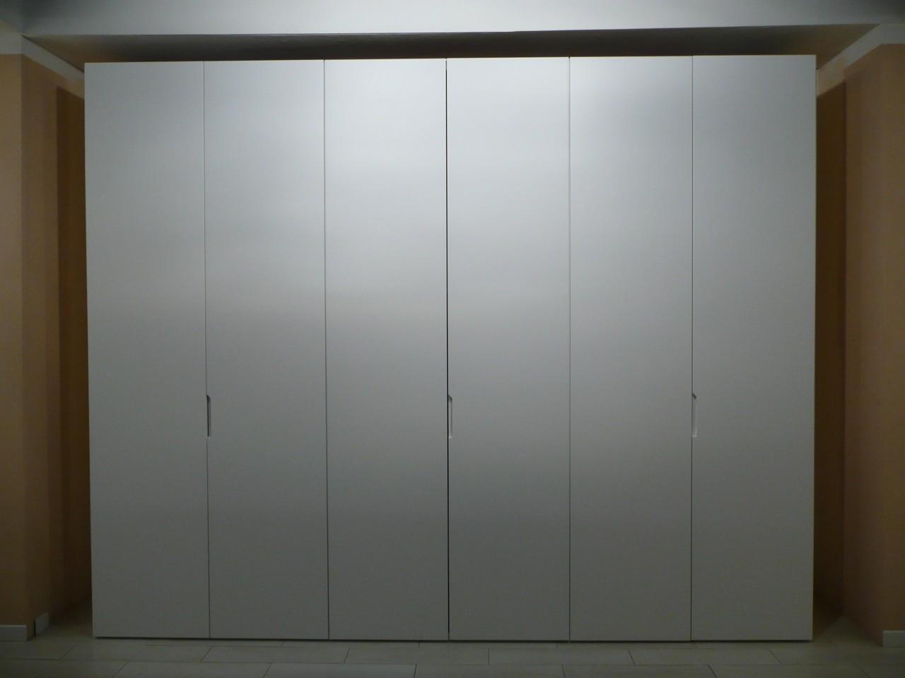 Armadio 4 Porte Laccato Bianco Opaco Casa, Arredamento E Bricolage Armadi
